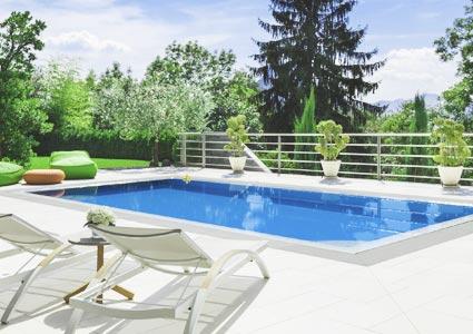 BCHL Beautiful Pool And Backyard