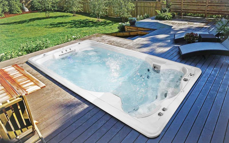 Built-In Floor Hot Tub BCHL