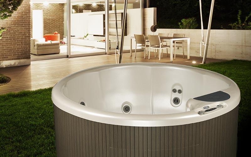 BCHL Plug N Play Hot Tub In Backyard